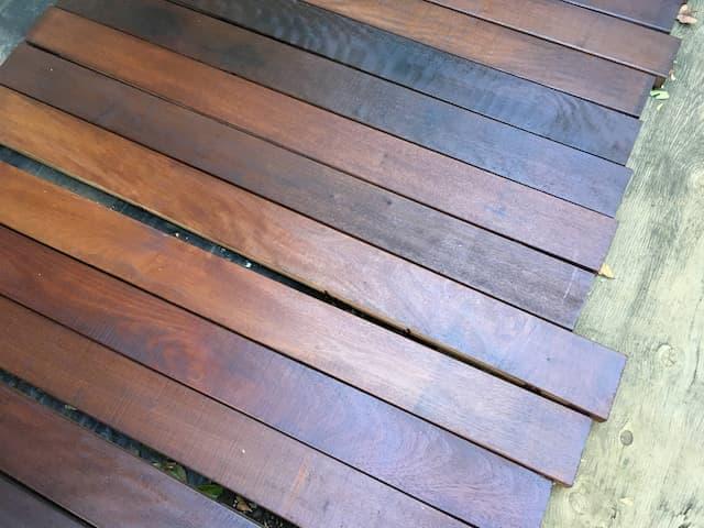 イタウバにローズウッドを2度塗り05