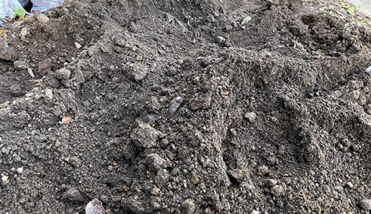 【駐車スペースDIY】外構づくりで出た土をふるう②